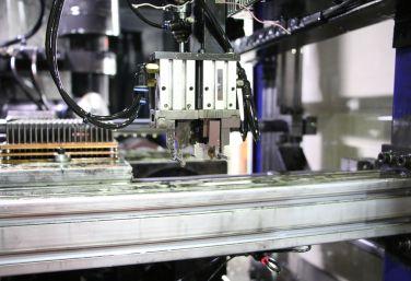 高精度数控机床实现卓越设计